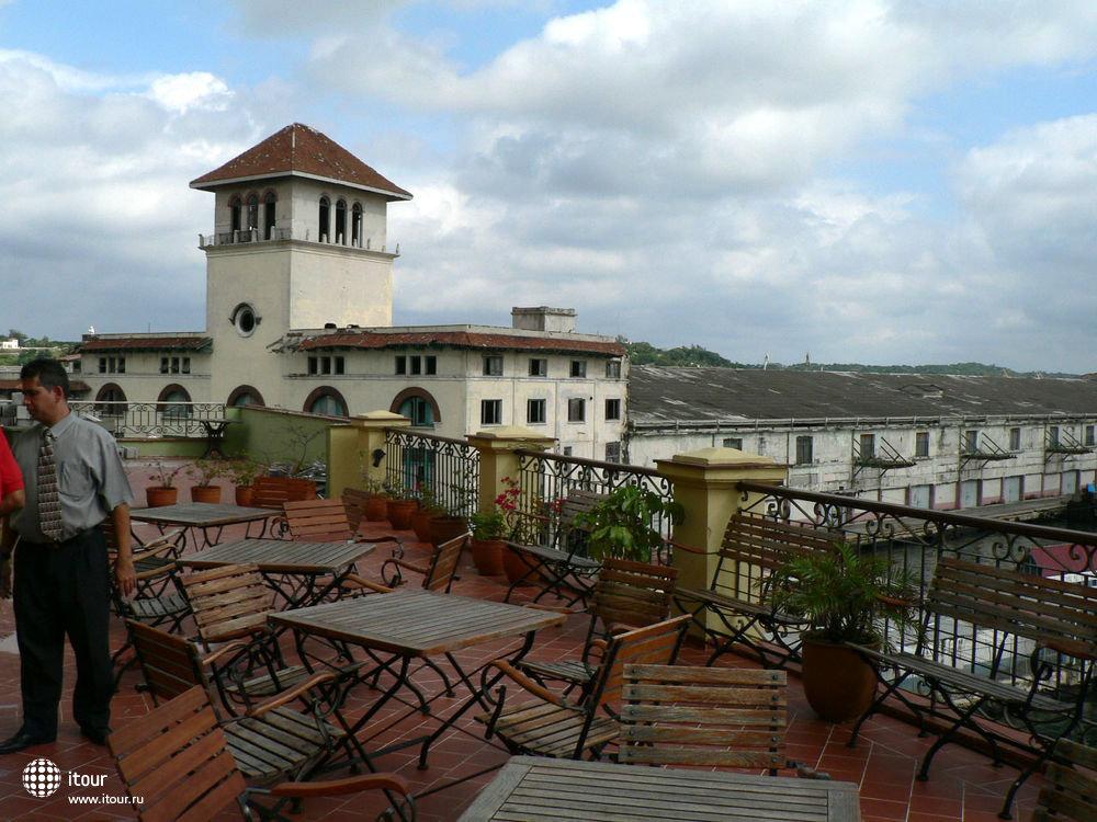 кафе на крыше и панорамная площадка оетля ARMADORES DE SANTANDER, Куба