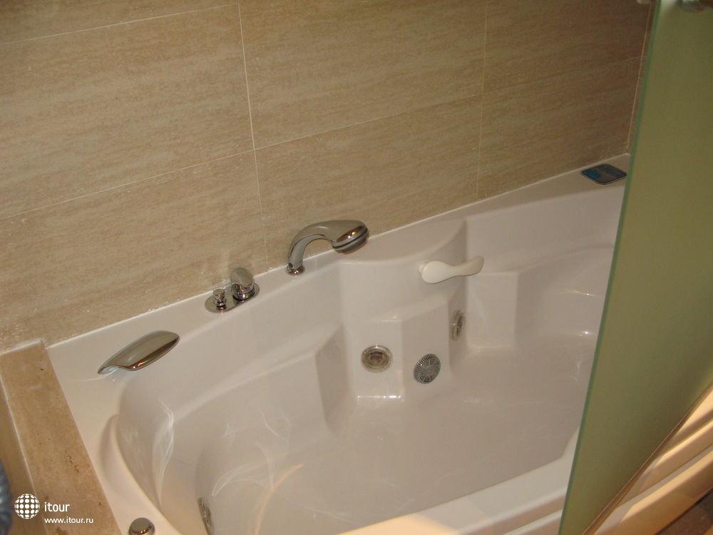 ванная с гидромассажем, suite Romano, MARINA D'OR, Испания