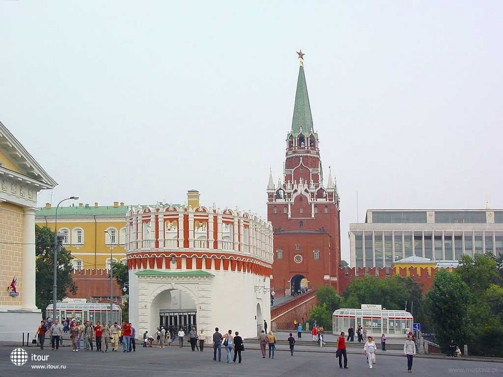 Кремль, Башня Кутафья