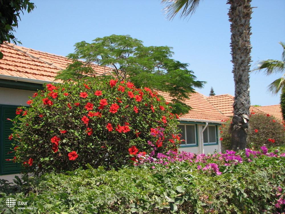 FAROS HOLIDAY VILLAGE, Кипр