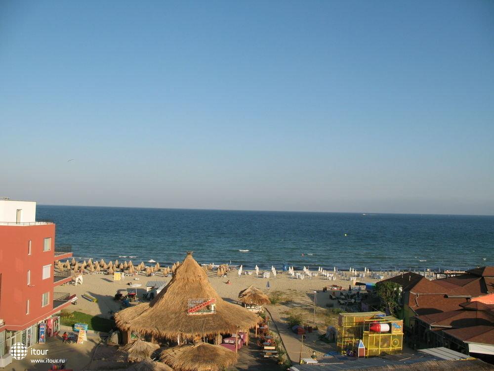 Вид с балкона отеля LULIN, Солнечный берег, Болгария