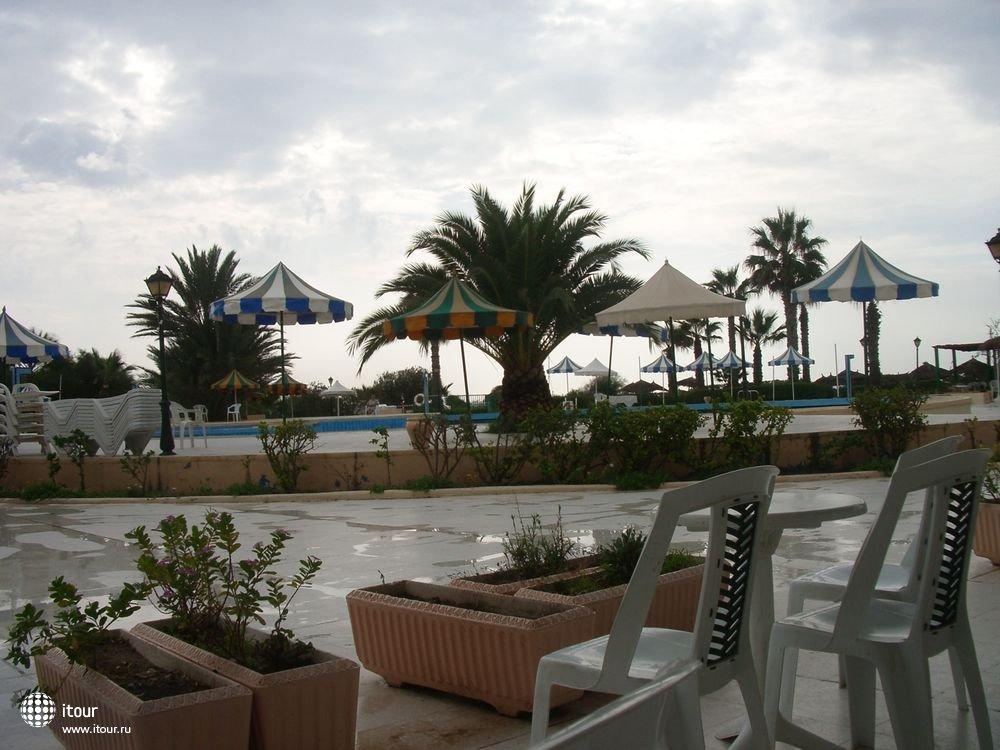 LE PRINCE, Тунис