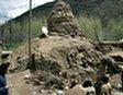 Руины церкви недалеко от городка Чатак