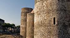 Кастелло Урсино (Замок Фридриха II Штауфенн)