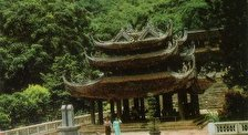 Пагода Тюа  Хыонг возле Ханоя