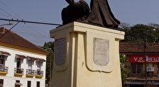 Памятник аббата Фариа