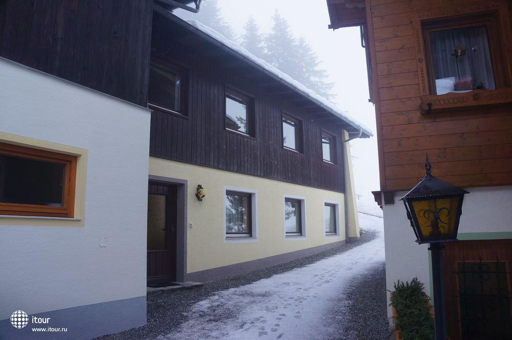 waldheim-haus-apts-178867