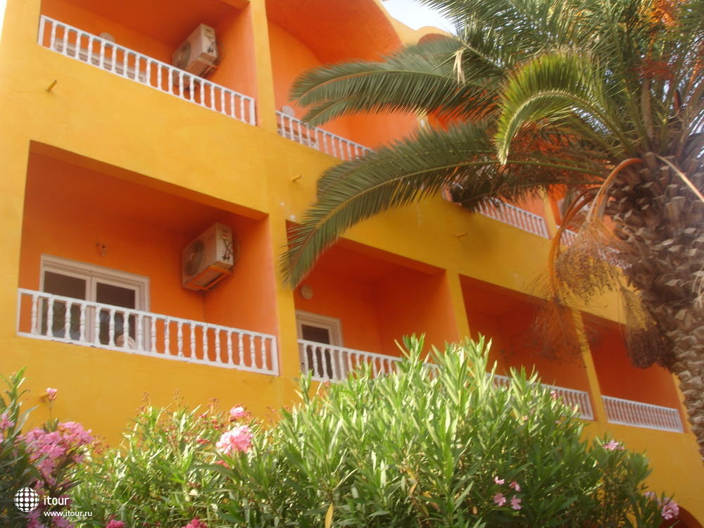 sun-holiday-beach-club-172841