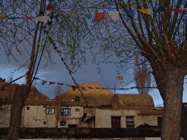 дом в местной деревушке (Ладах)