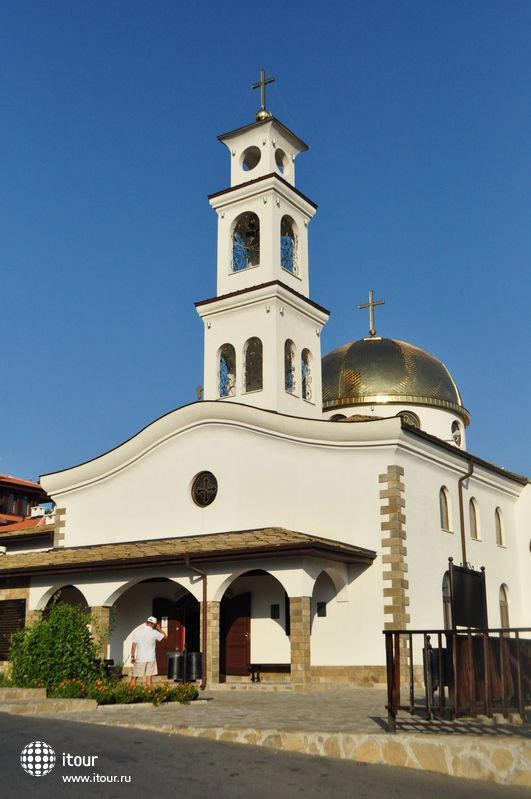 manastira-175202/ православный храм рядом с отелем