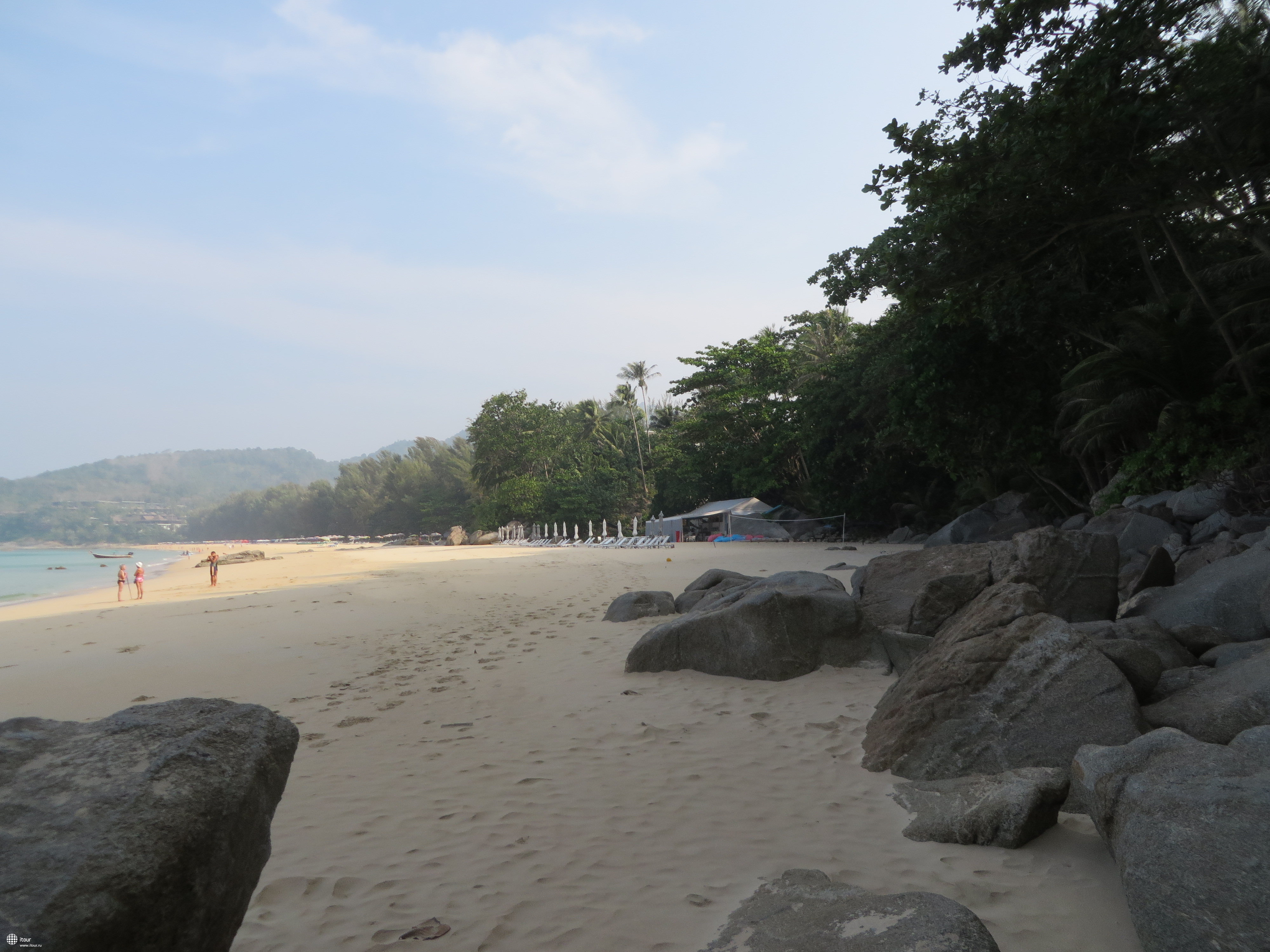 пляж с левой стороны