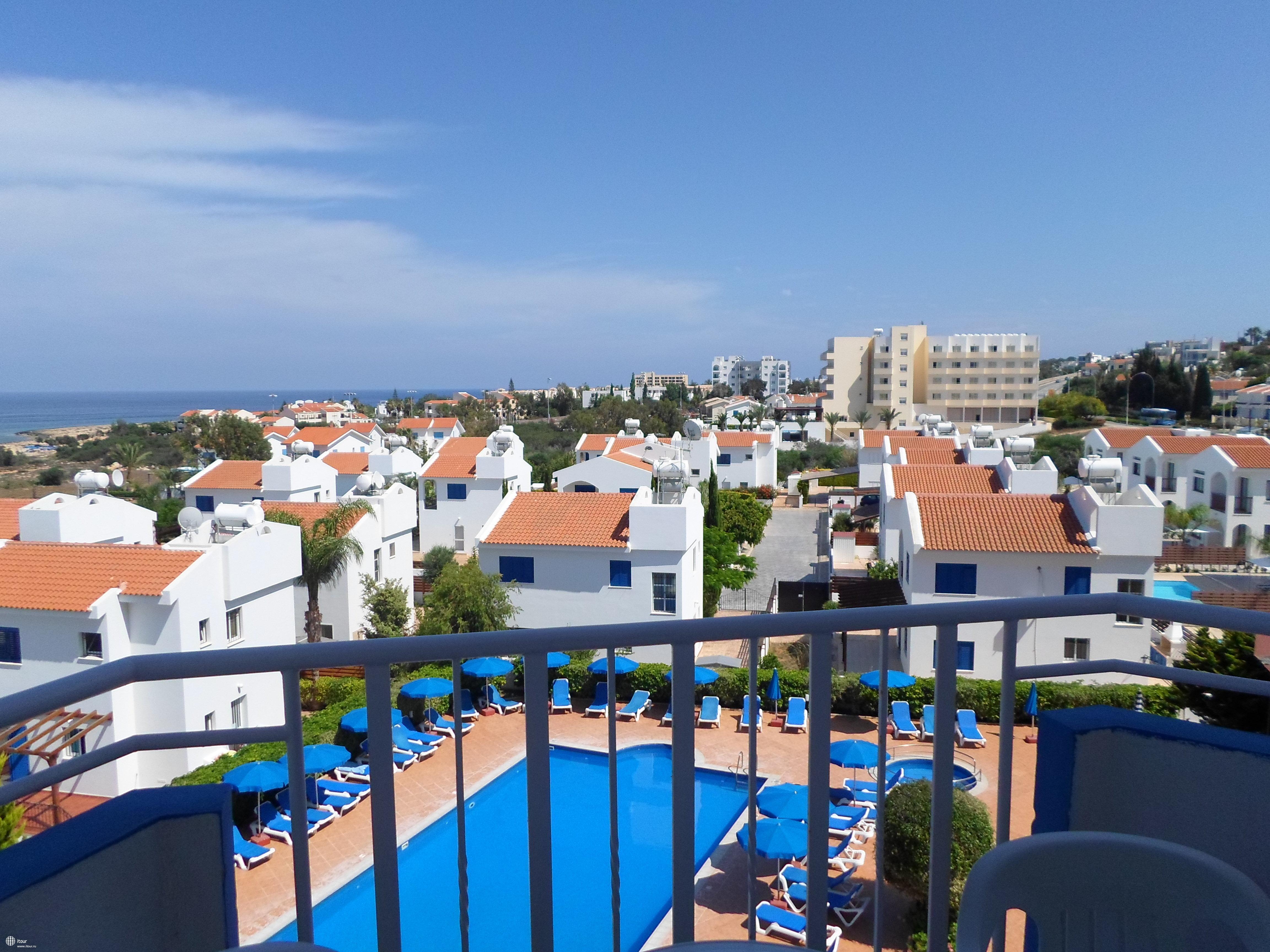 maistros-hotel-apartments-фото