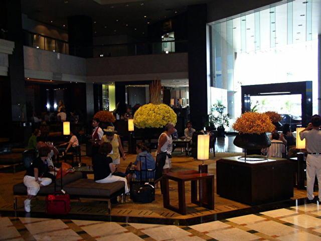 лобби отеля AMARI WATERGATE, Таиланд
