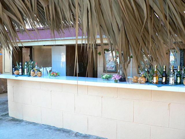 бар на пляже, ACUAZUL RESORT & VILLAS SOTAVENTO, Куба