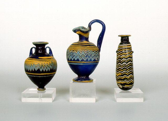 Стеклянные сосуды для парфюмерии. 5-ое 4-ое столетие до н.э.