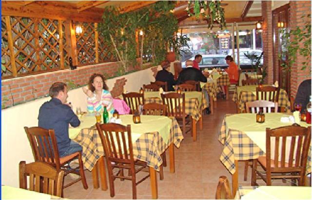 YAMAS restaurant