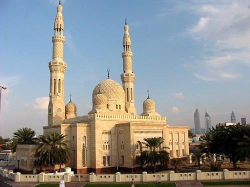 Дубаи