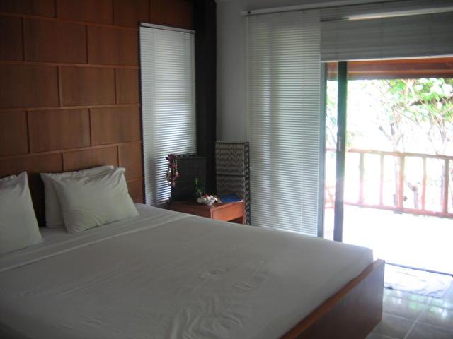 CHAWENG CABANA, комната в бунгало