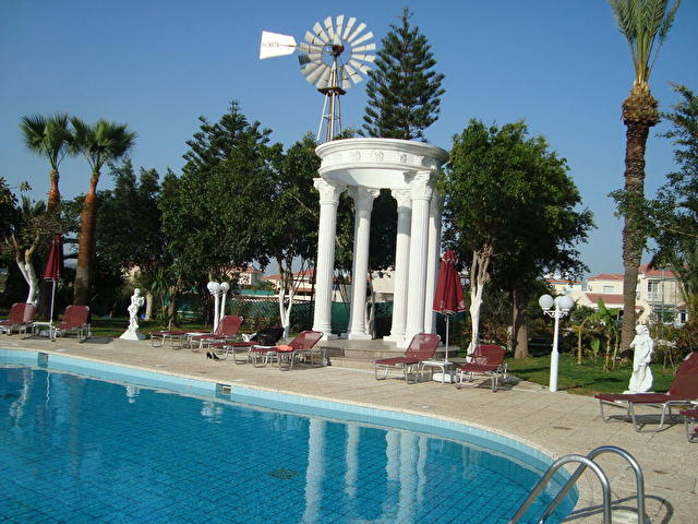 crown-resorts-at-larnaca-bay-137432