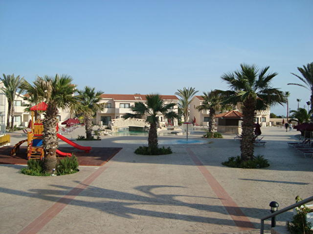 crown-resorts-at-larnaca-bay-137429