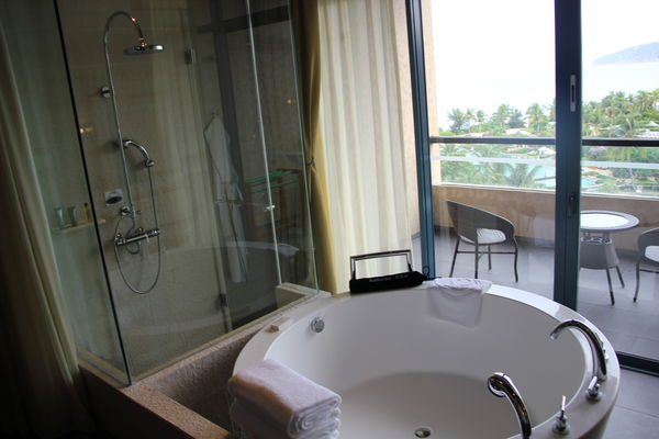 hilton--sanya-resort-&-spa-178000