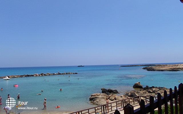 пляж в 10 минутах пешком
