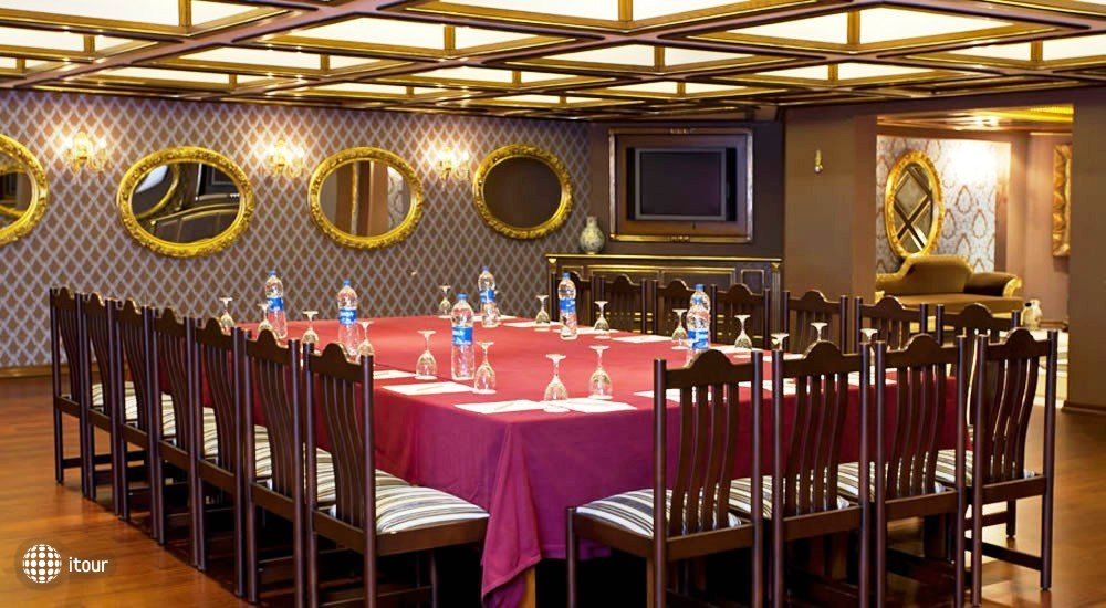Club Hotel Sera 5