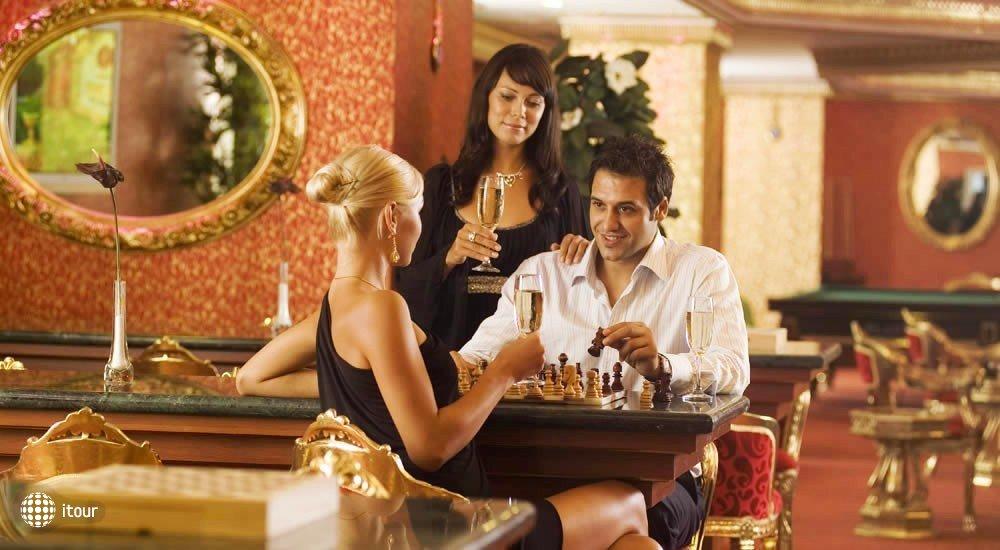 Club Hotel Sera 8