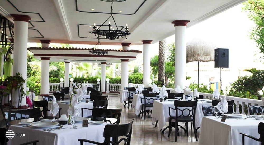 Club Hotel Sera 32