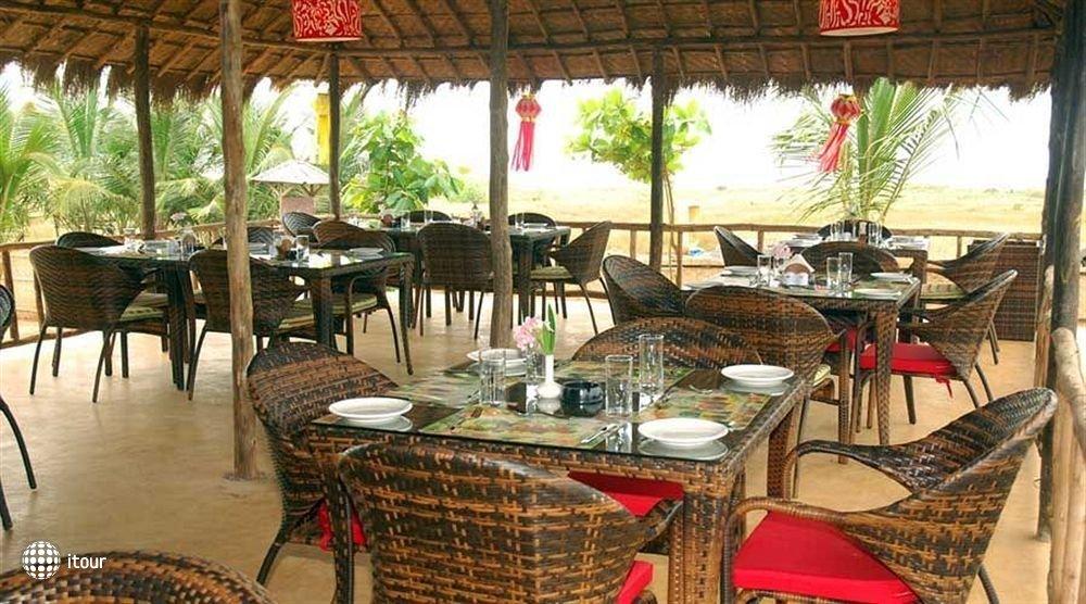 Maizons Lakeview Resort 3