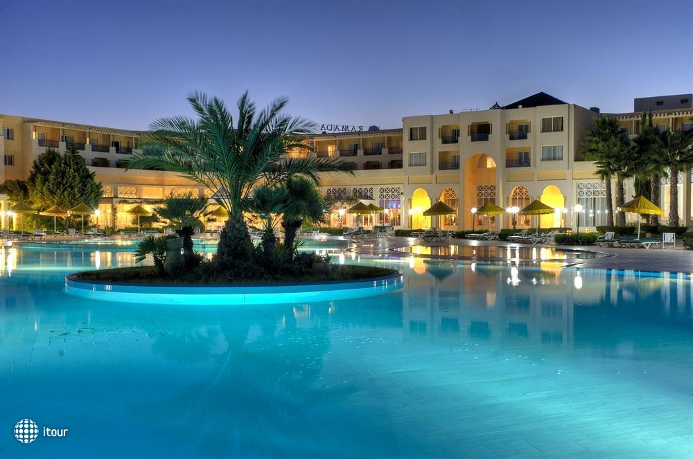 Ramada Plaza Tunis 2