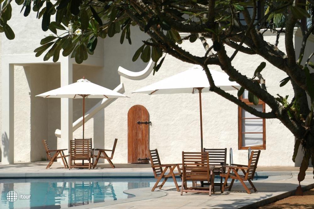 Hibiscus Beach Hotel 7