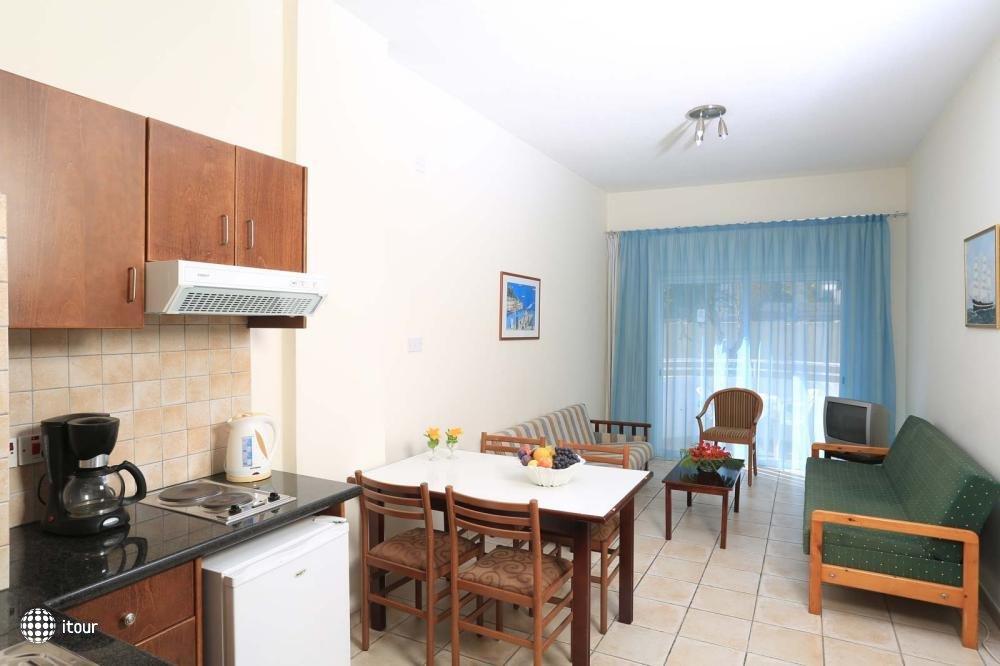 Jacaranda Hotel Apartments 9