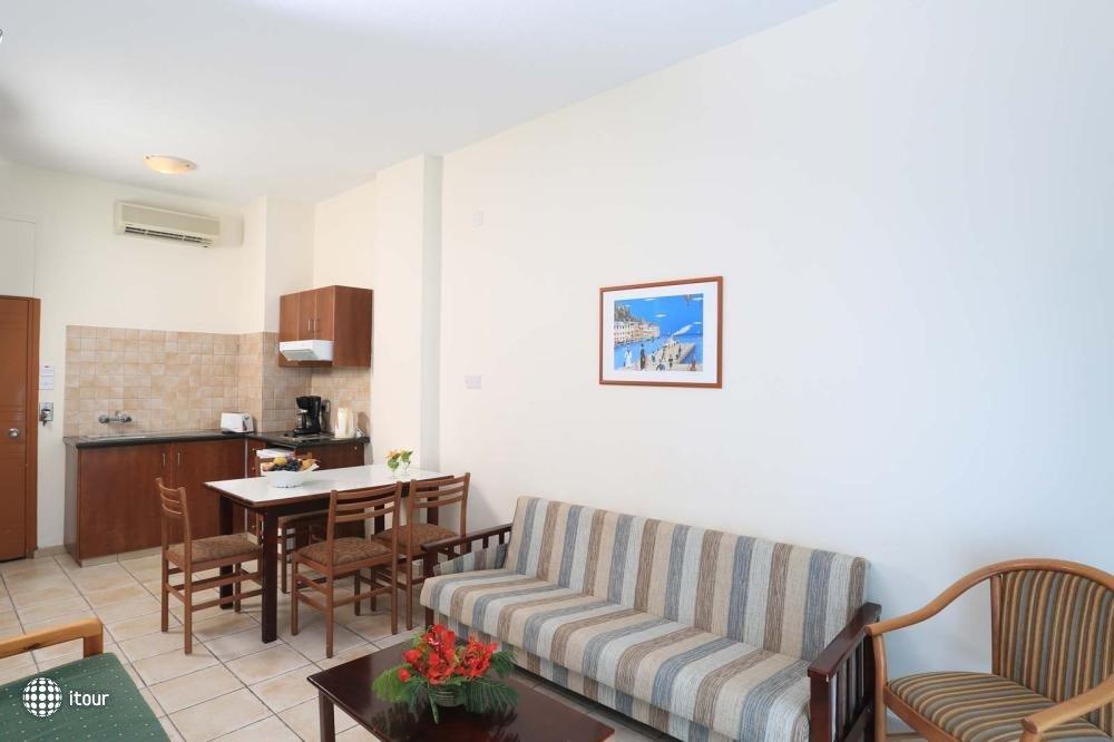 Jacaranda Hotel Apartments 10