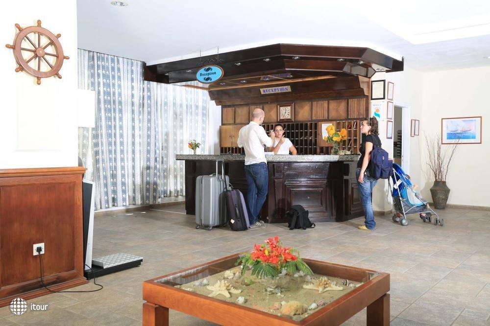 Jacaranda Hotel Apartments 6