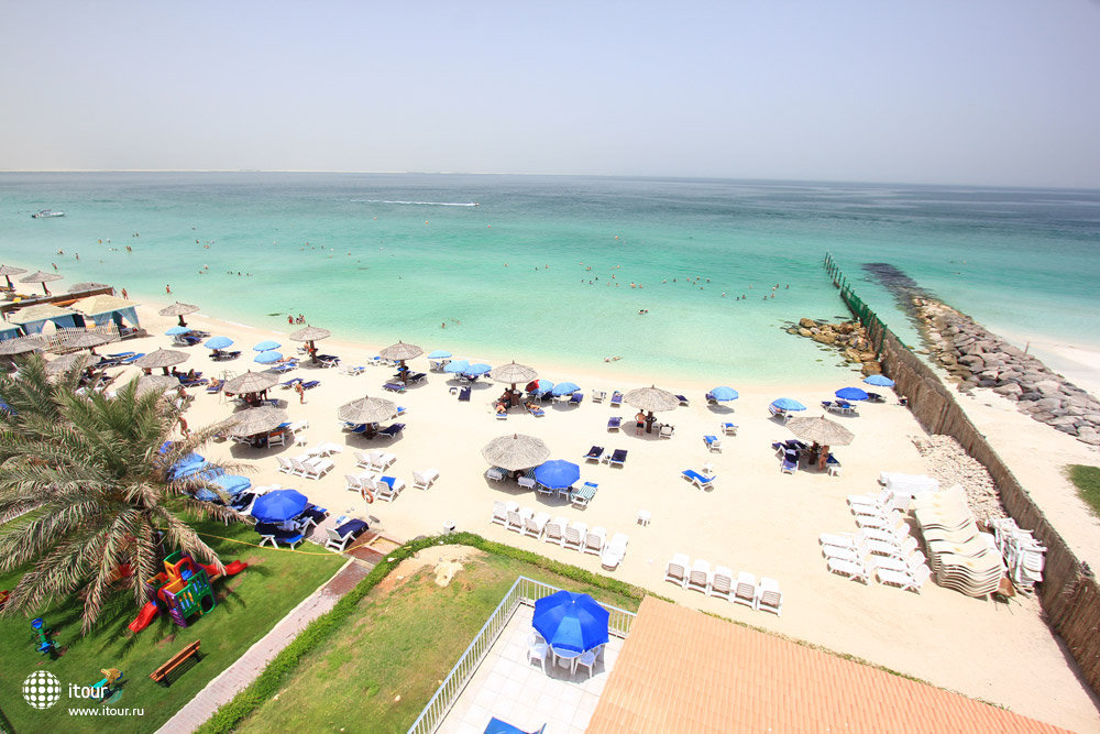 Beach Hotel Sharjah 10