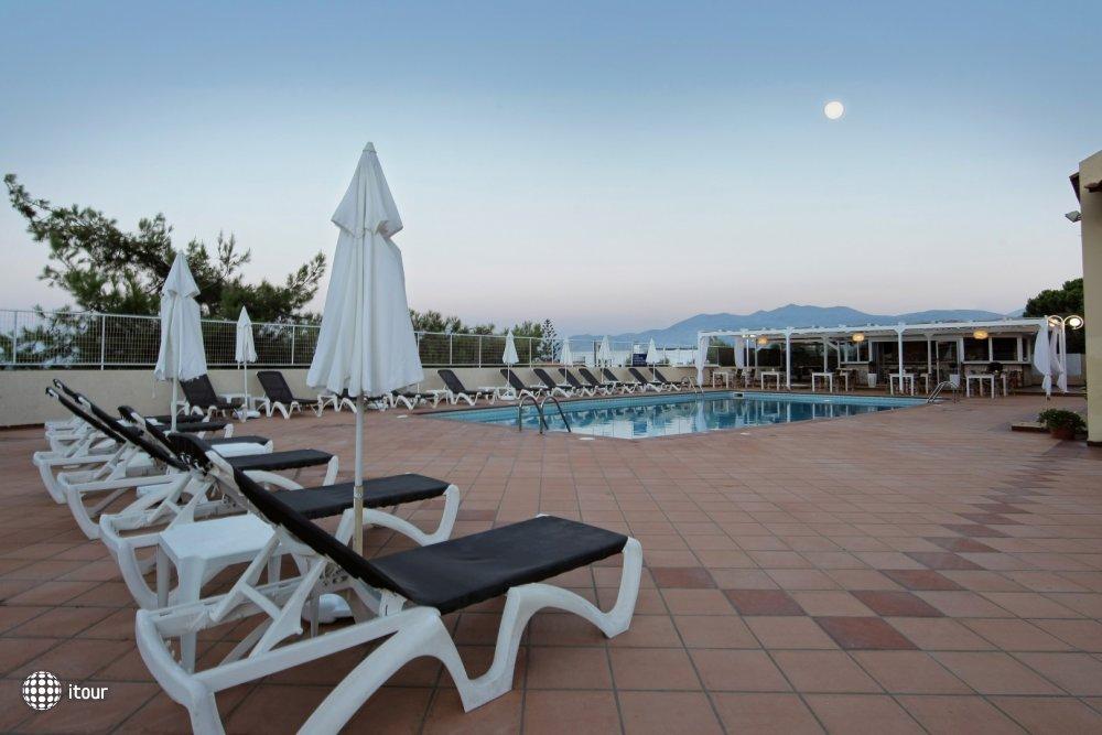 Chrysalis Hotel 2