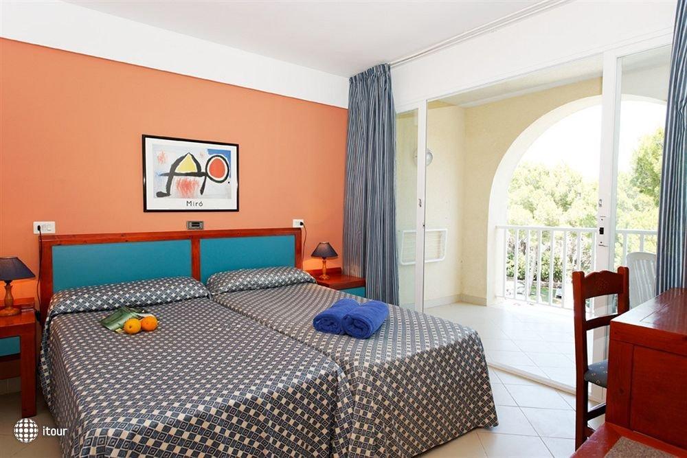 Aparthotel Floramar 10
