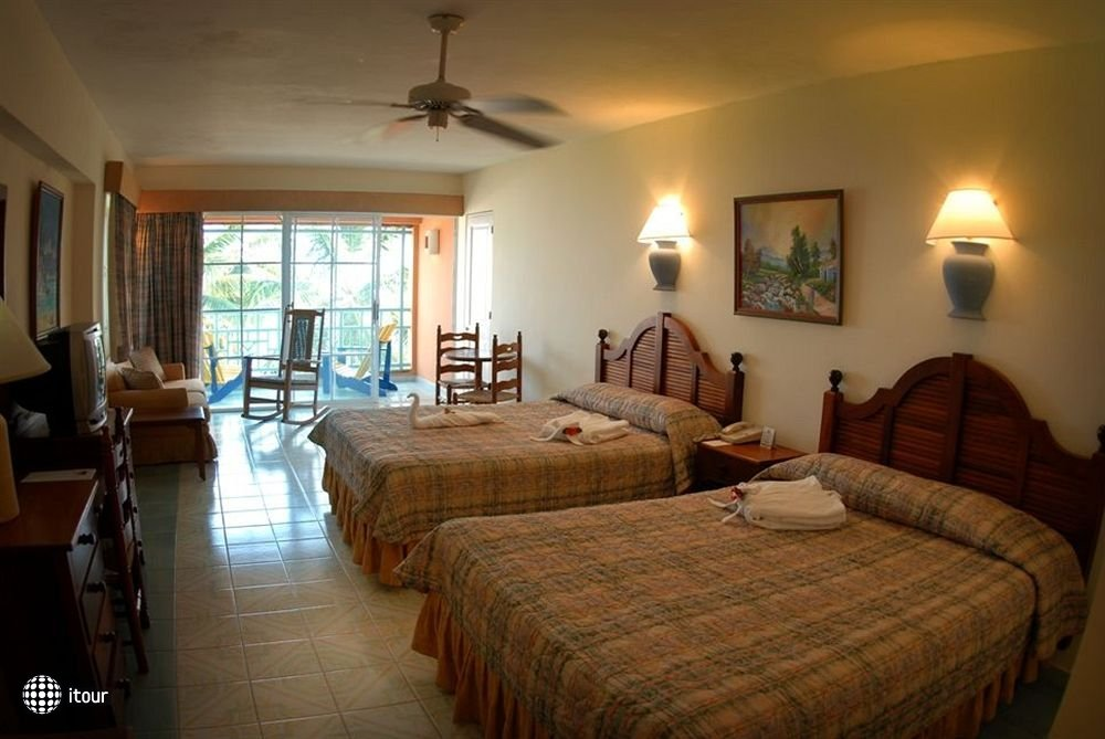 Whala Boca Chica (ex. Don Juan Beach Resort) 8