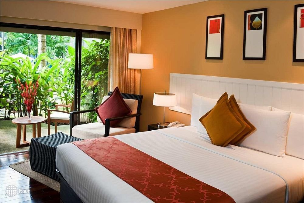 Double Tree Resort By Hilton Phuket - Surin Beach 8