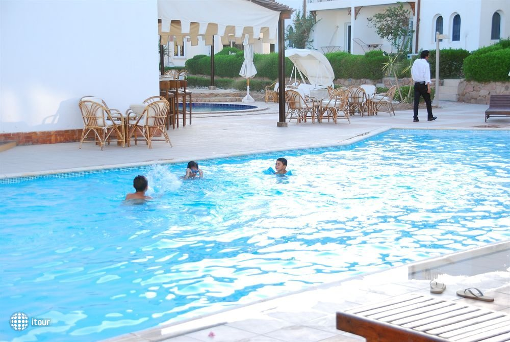 Logaina Sharm Resort 9