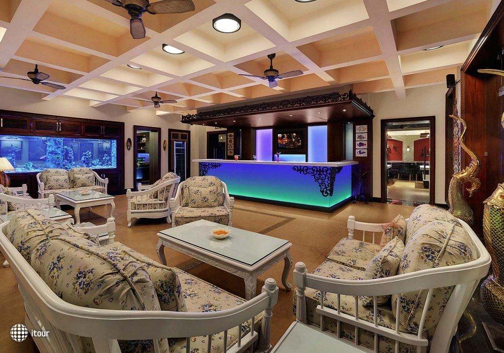 Mayfair Hideaway Spa Resort 7