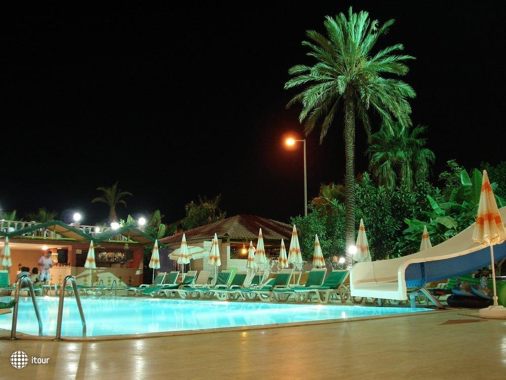 Grand Bayar Beach Hotel (ex. Turkmen Hotel) 4