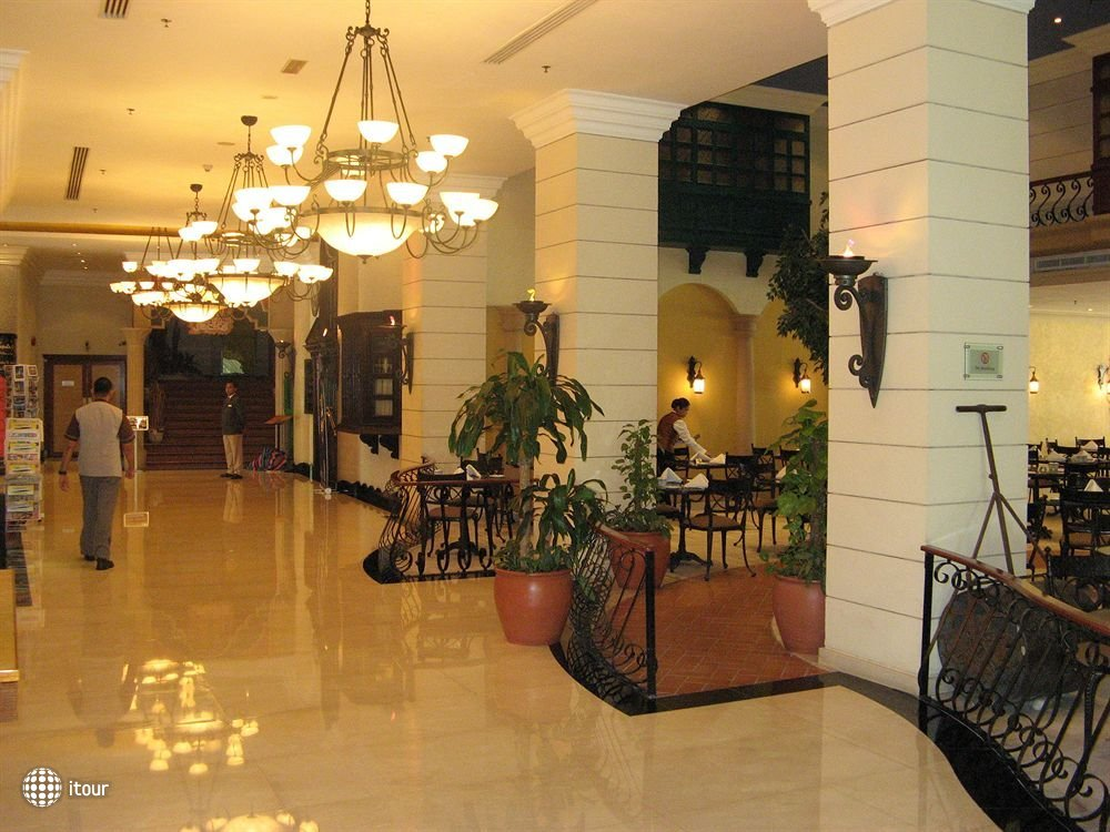 Airport Hotel 3