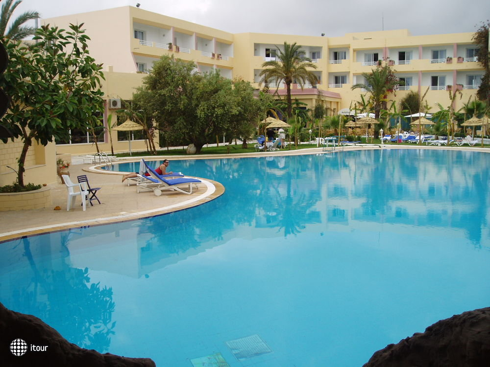 Hammamet Azur Plaza 1