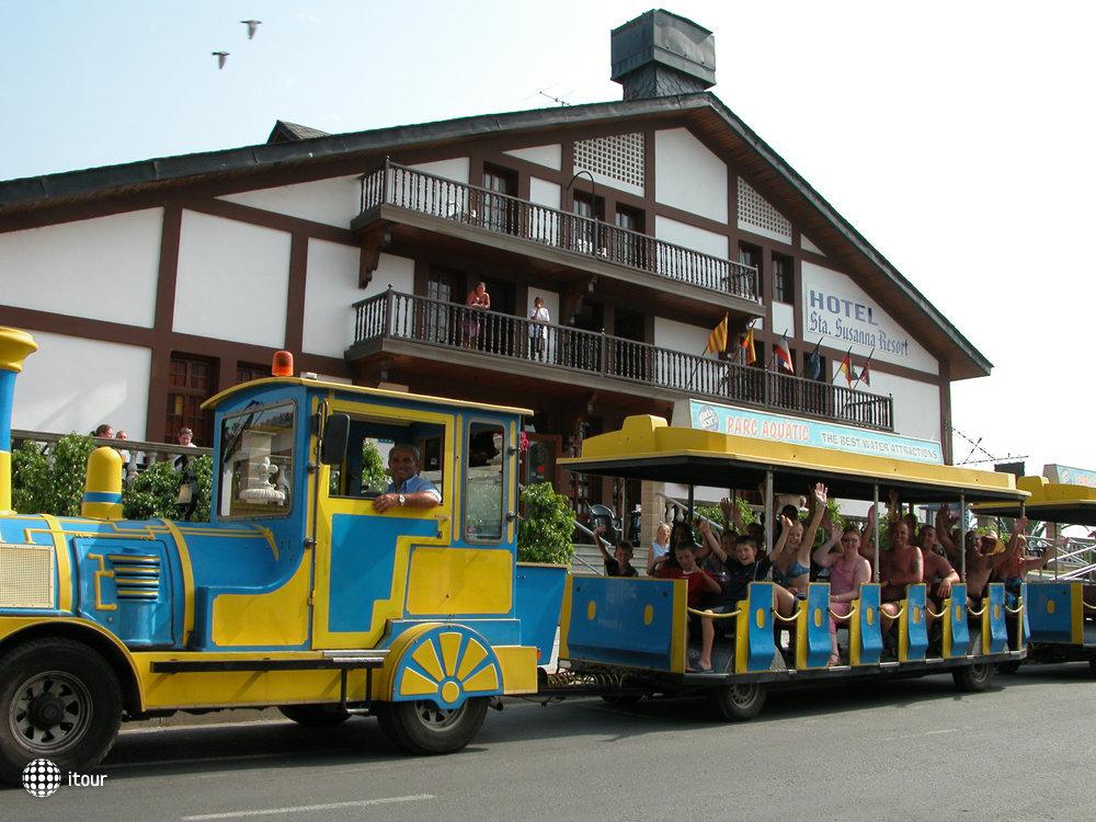 Santa Susanna Resort 3