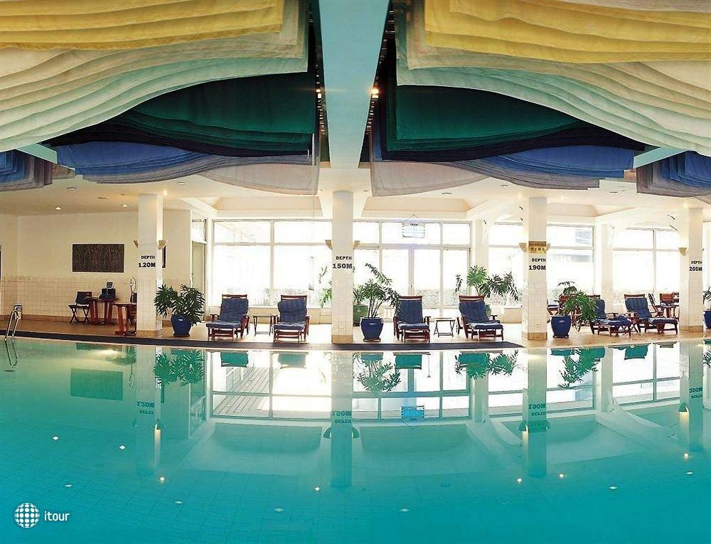 Radisson Blu Hotel 2