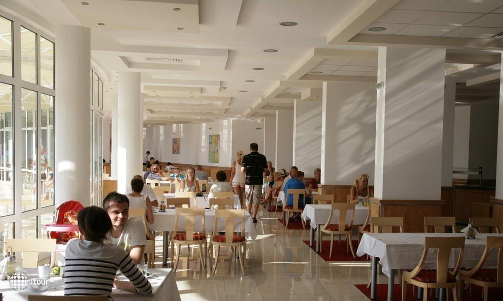Fenix Hotel 8