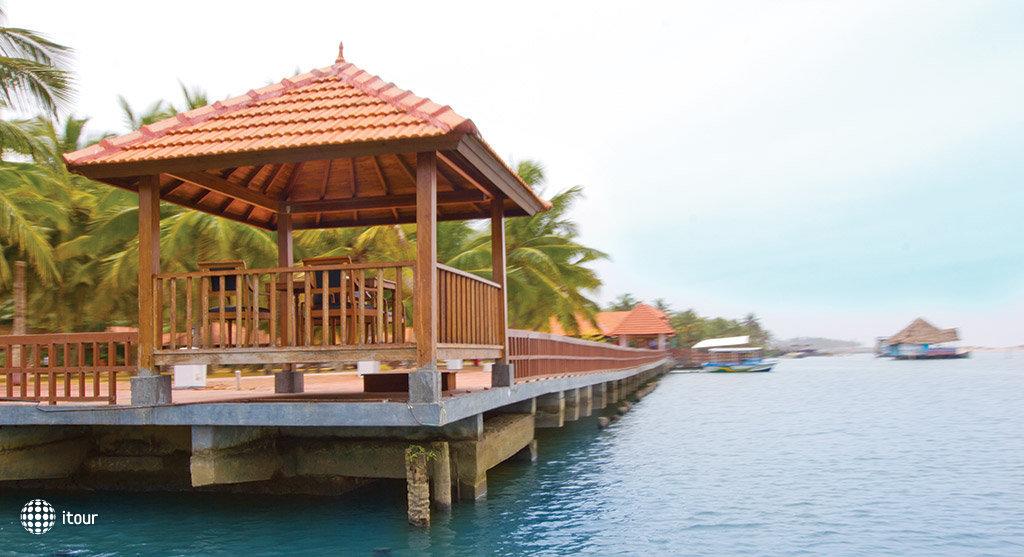 Estuary Island Resort 6