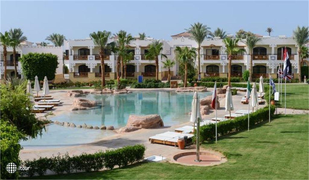 Tamra Beach Resort 1